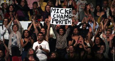 público Mickael Carreira