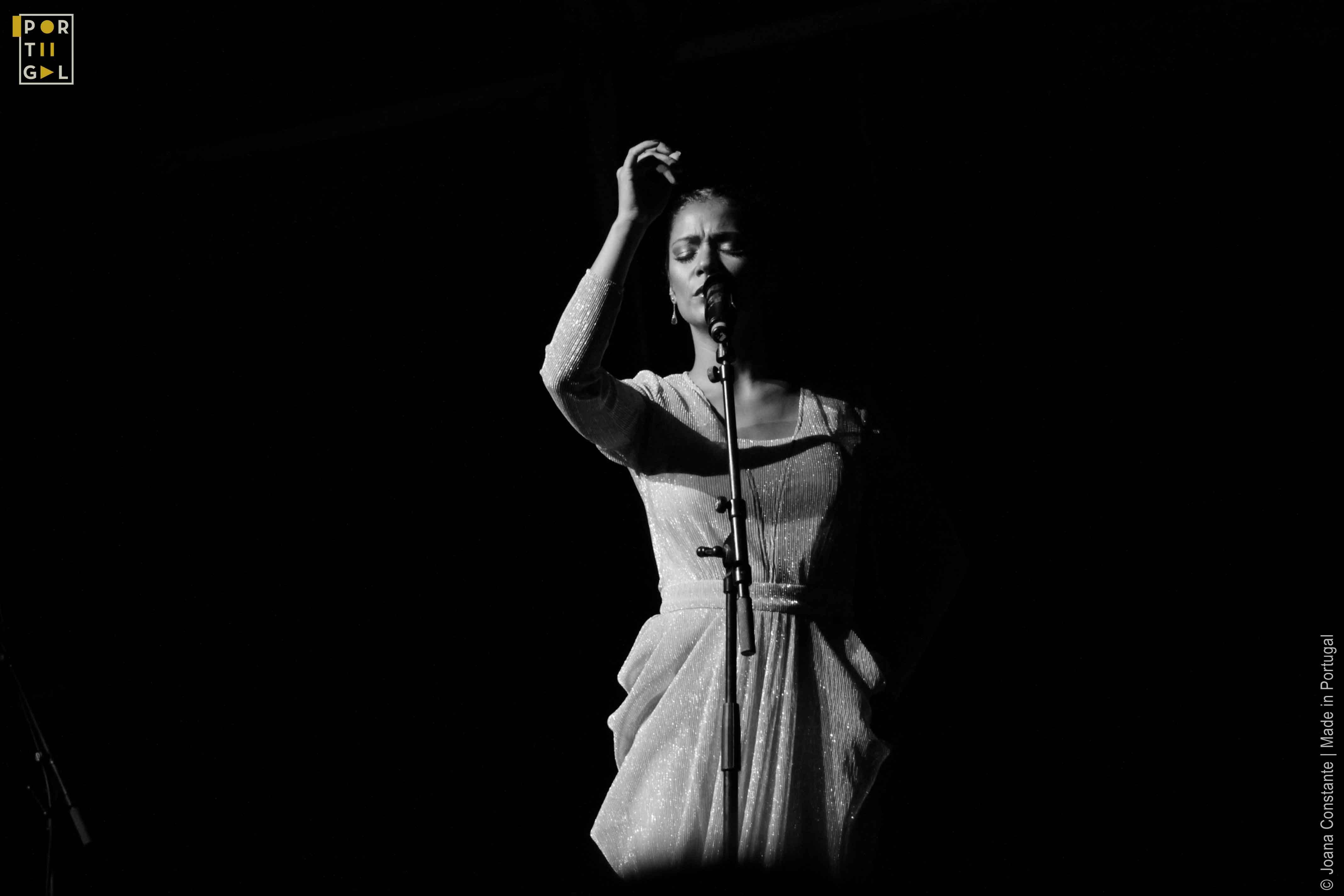 Caixa Alfama - Raquel Tavares