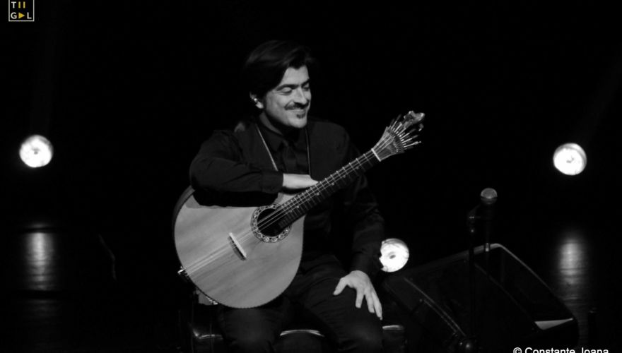 luisguerreiro-aovivo-centroculturaldebelem-guitarrista