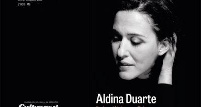 Fadista Aldina Duarte