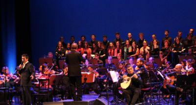 Camané e Camané e Coro Ricercare e a Orquestra Metropolitana de Lisboa