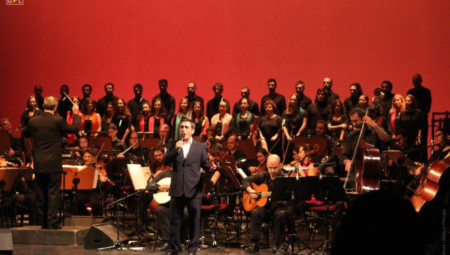 Camané e Coro Ricercare e a Orquestra Metropolitana de Lisboa