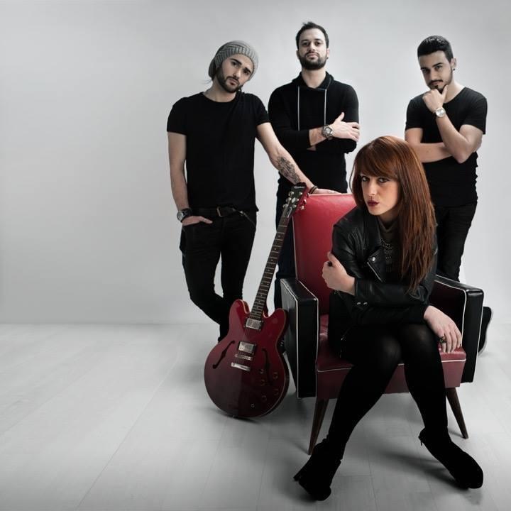 banda The CODE
