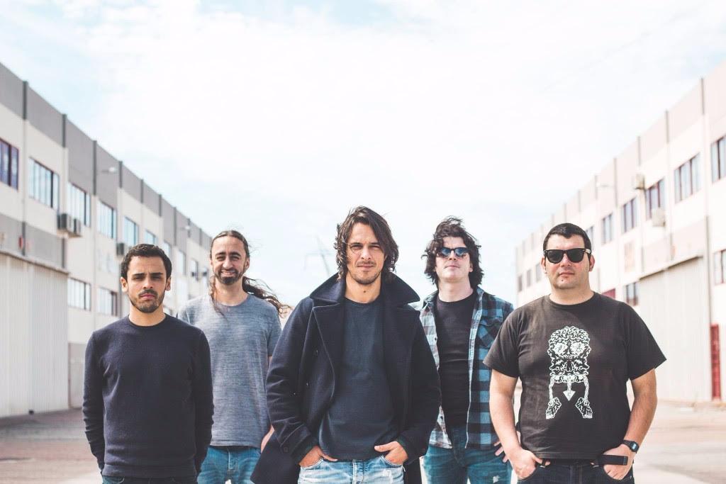 Banda Tontos - demoras - letra - lyrics
