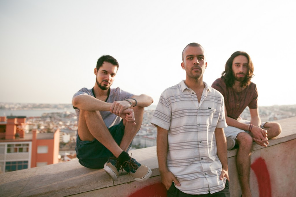 Meses Sóbrio - Folha - EP - rio