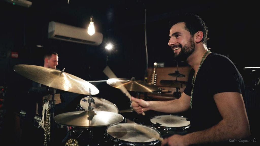 baterista e percussionista Pedro Segundo
