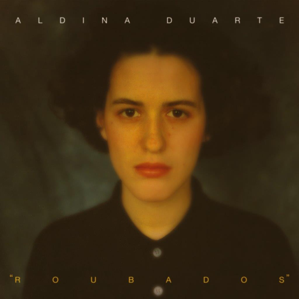 Aldina Duarte - Roubados - capa disco